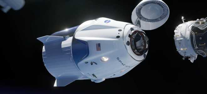 Полет и пристыковка космического корабля Crew Dragon