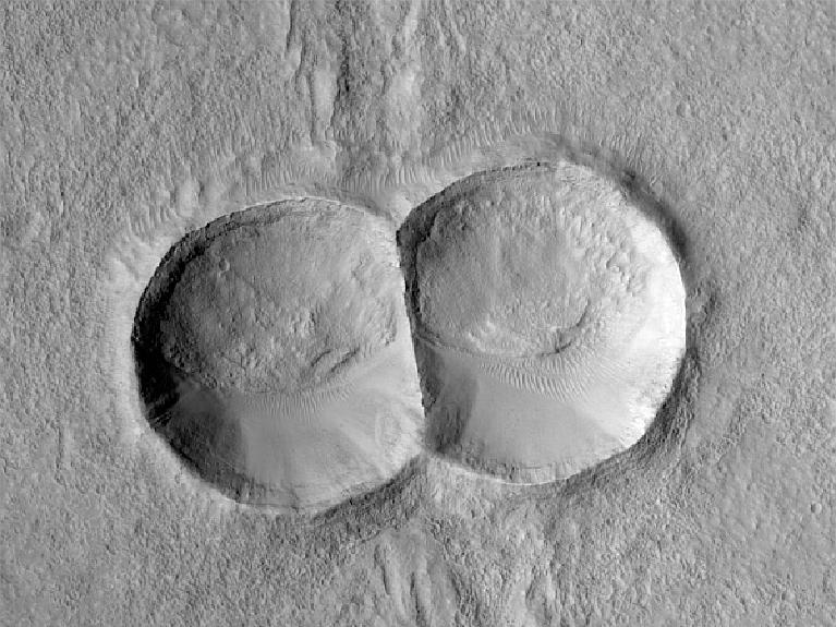 Двойной след на Марсе