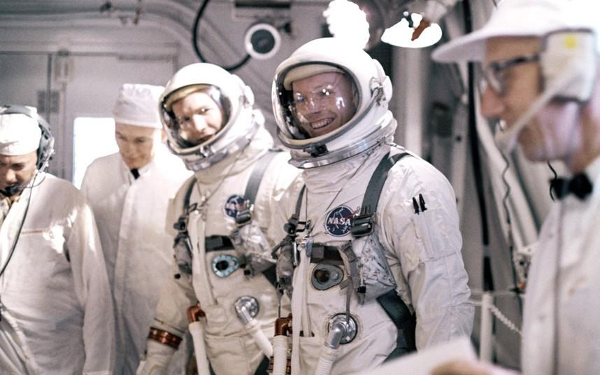 Нил Армстронг и Дэвид Скотт